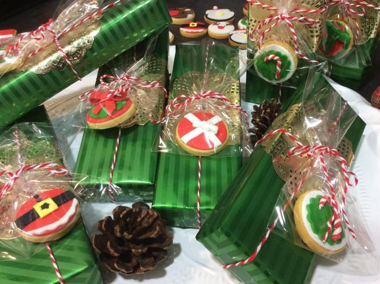 ¿Qué os parecen los regalos adornados con galletas?